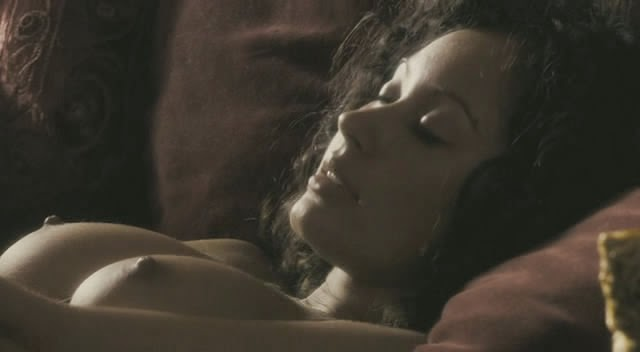 lisa-ray-nude-mccoy-photos-nude-tiki-erotica